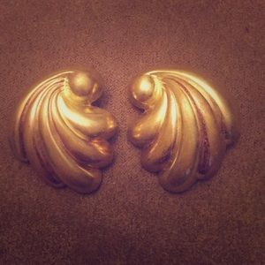 Vintage PAT'D MONET GoldTone Metal Earrings HUGE